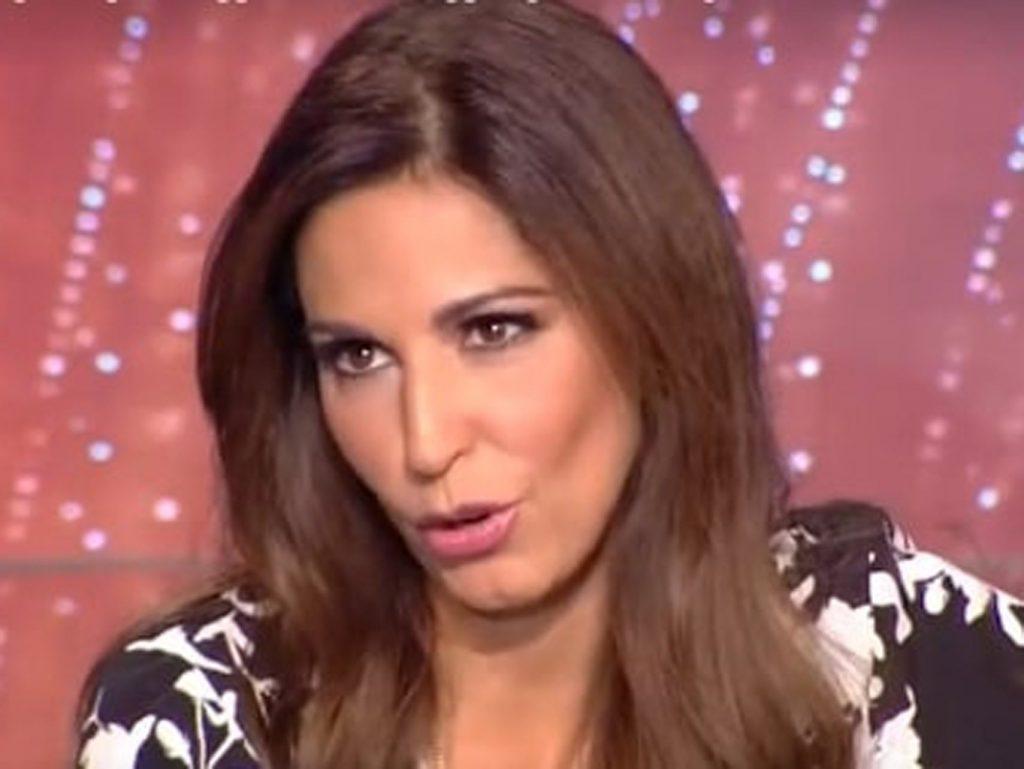 Η Κατερίνα Παπουτσάκη μπλόκαρε follower - Τι συνέβη   Pagenews.gr
