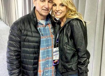 Συνεχίζεται η δικαστική διαμάχη της Britney Spears με τον πατέρα της – Διευρύνει τη νομική της ομάδα