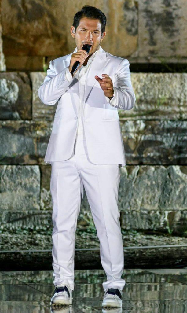 Γιώργος Περρής | Η συναυλία στο Ναό της Αφαίας στην αμερικανική τηλεόραση