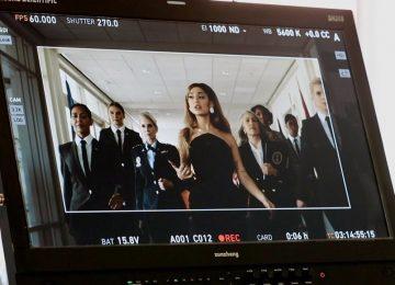 Ariana Grande: Τα παρασκήνια από το video του «Positions»