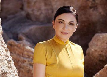 Βιβή Βουτσελά | Παρουσιάζει το νέο single με τίτλο «Σεβιλλιάνες» από τον πρώτο της προσωπικό δίσκο!
