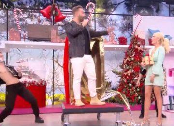 Κατερίνα Καινούργιου: Δεν θα πιστεύεις τι δώρο της έκανε για την γιορτή της ο Νίκος Κοκλώνης! Η έκπληξη και το τραγούδι του (βίντεο)