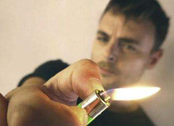 Νίκος Μίχας | Επανεμφανίζεται δισκογραφικά με το νέο του τραγούδι «Δωσ' Μου Αναπτήρα»!