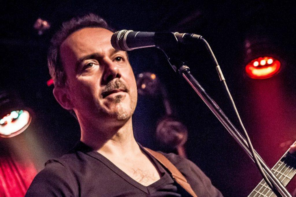 Δημήτρης Υφαντής | Παρουσιάζει το νέο του τραγούδι με τίτλο «Χίλια Αύριο»!