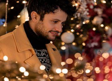 Κωνσταντίνος Φραντζής | Μας βάζει σε Χριστουγεννιάτικο κλίμα με το νέο του τραγούδι!