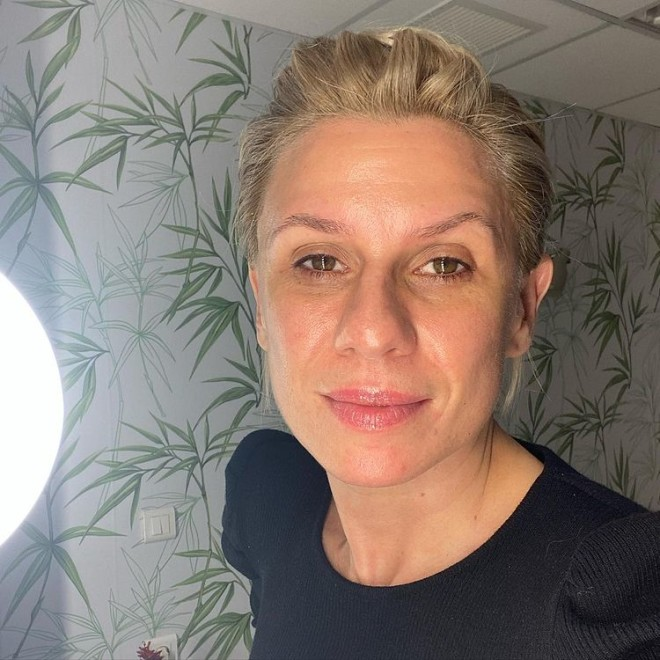 κατερίνα Καραβάτου χωρίς makeup