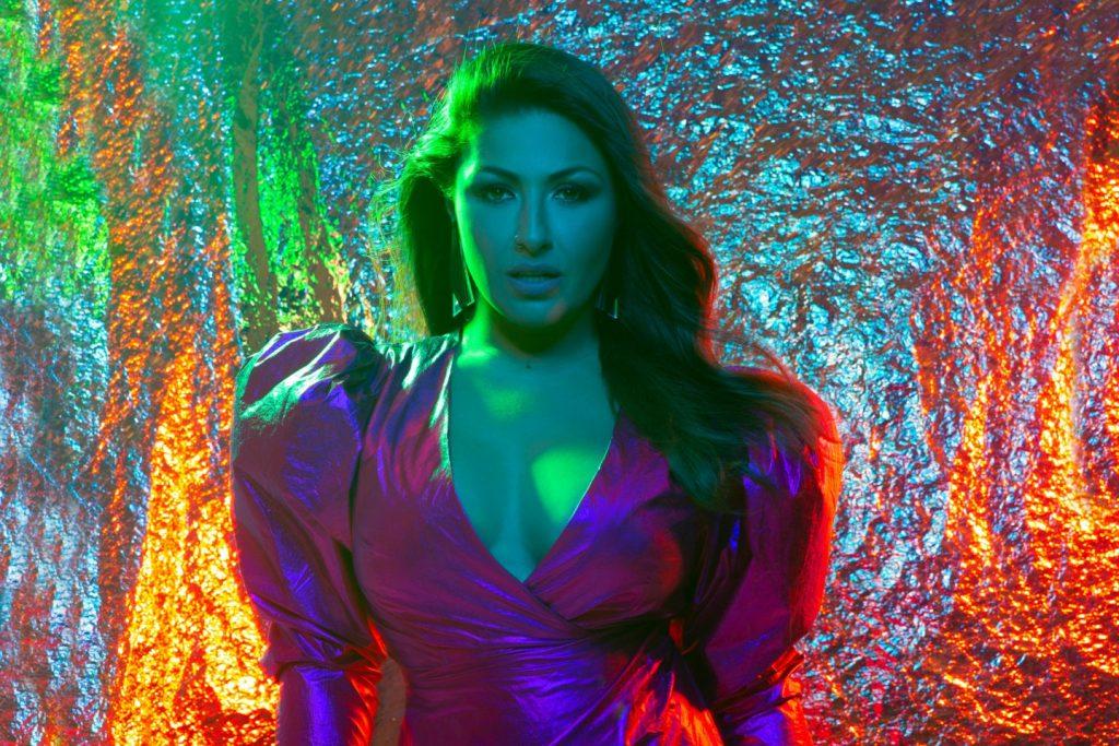 """Deja Vu"" - Το νέο hit της Έλενας Παπαρίζου με την Marseaux κυκλοφορεί στο Spotify!"