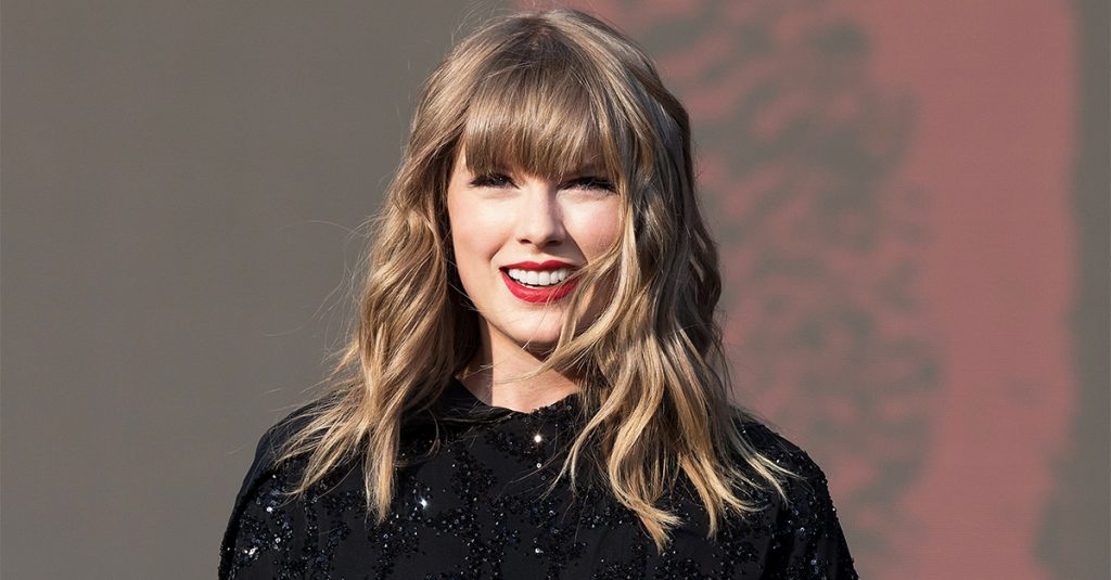 Taylor Swift: Πρώτη γεύση από τη νέα ηχογράφηση του «Love Story»