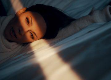 Έλλη Κοκκίνου | Κυκλοφόρησε το νέο της τραγούδι με τίτλο «Τι Έχω Τραβήξει»!