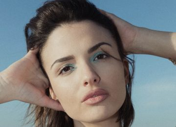 Κατερίνα Λιόλιου | Ξεχάστε «Τα Συνηθισμένα» μετά το νέο της τραγούδι!