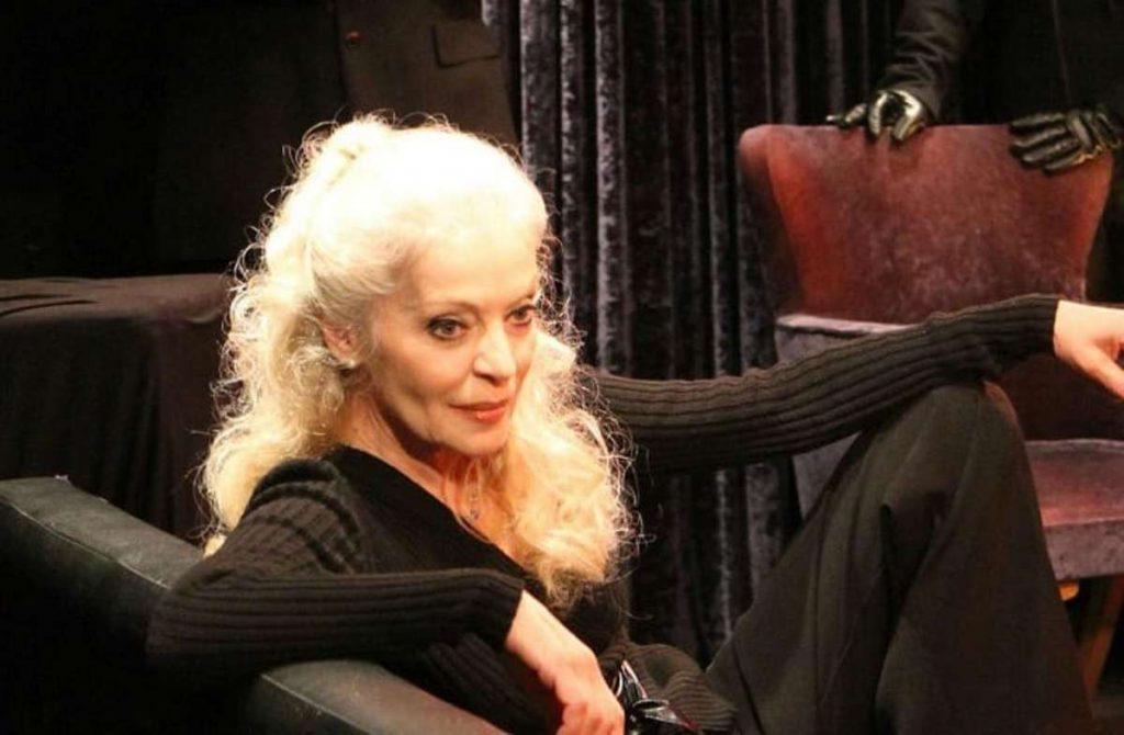 """Μαρία Αλιφέρη: """"Έκλεισα τα 70 μου, """"ξεμπαζώνω"""" κάθε τόσο για να """"περπατά"""" το καράβι"""""""