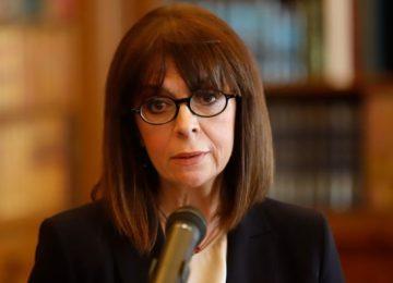 Επικοινωνία Σακελλαροπούλου με τον πρόεδρο των ηθοποιών για τις καταγγελίες