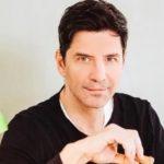 Σάκης Ρουβάς: Υποδέχτηκε την άνοιξη με τον γιο του και τα... λεμόνια τους!