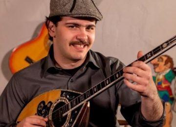 Κουτσαβάκης - «Το Ρε Ματζόρε» | Το viral τραγούδι του γνωστού ρεμπέτη κυκλοφορεί!