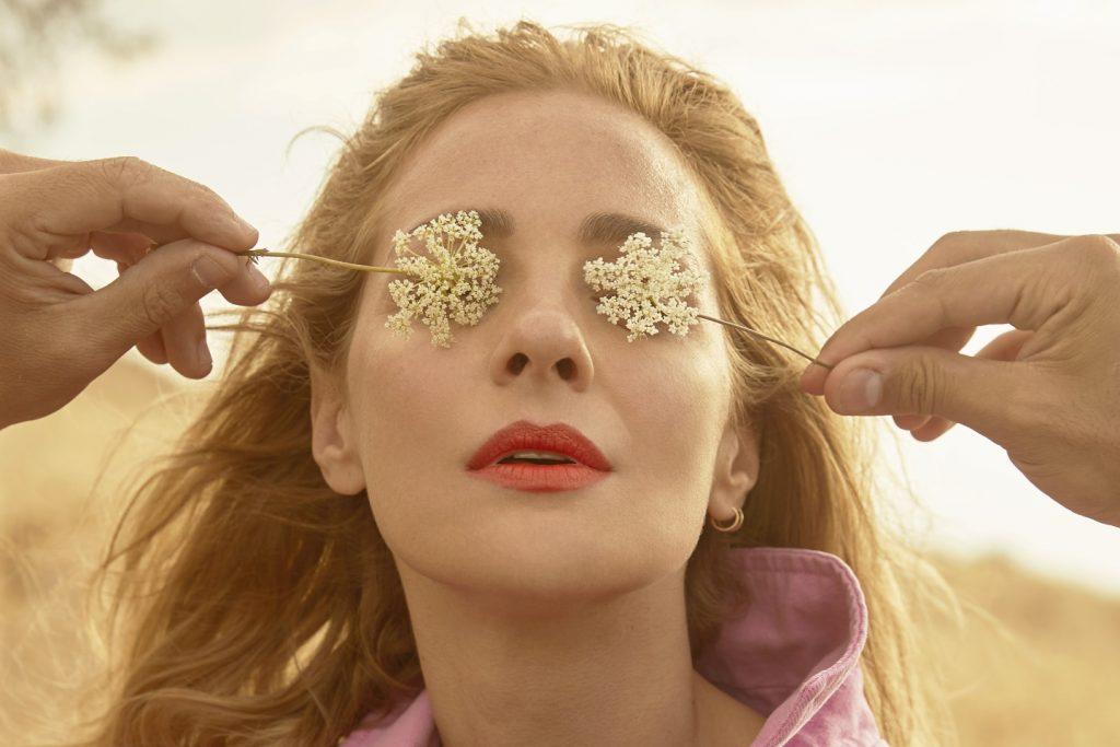 Νατάσσα Μποφίλιου | Το νέο της single με τίτλο «Φολέγανδρος»!