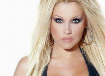 Σαμπρίνα: Πώς είναι σήμερα η τραγουδίστρια που μεσουράνησε στα '90s
