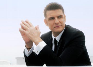 Χρίστος Αντωνιάδης | Συγκινεί η κινηματογραφική οπτικοποίηση του «Πέσαν οι Γέφυρες»!