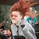 10 τραγούδια για το πόσο όμορφο είναι να είσαι νέος (video)