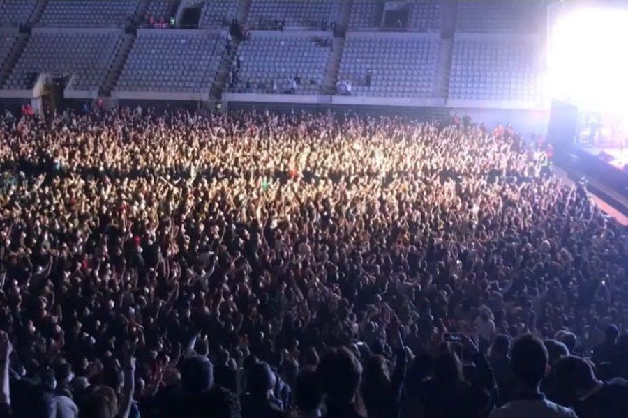 Πέτυχε το πείραμα της Βαρκελώνης: Καμία μετάδοση του ιού σε συναυλία 5.000 θεατών
