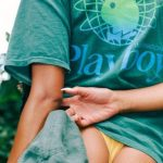 Η ανοιξιάτικη συλλογή Playboy x Au Naturel μάς φέρνει δίπλα στη φύση