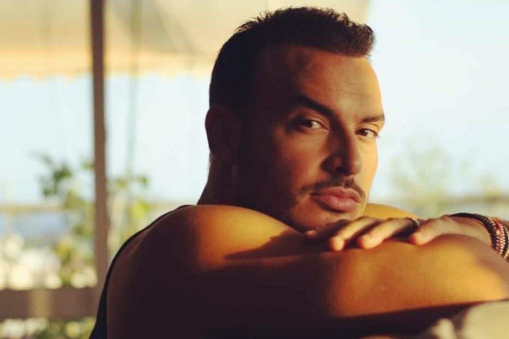 Σάκης Αρσενίου   Το νέο του τραγούδι έχει την υπογραφή του Σταμάτη Γονίδη!