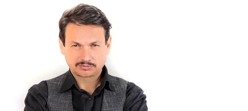 Ο Σταύρος Νικολαΐδης νοσηλεύεται στο νοσοκομείο διασωληνωμένος με κορωνοϊο