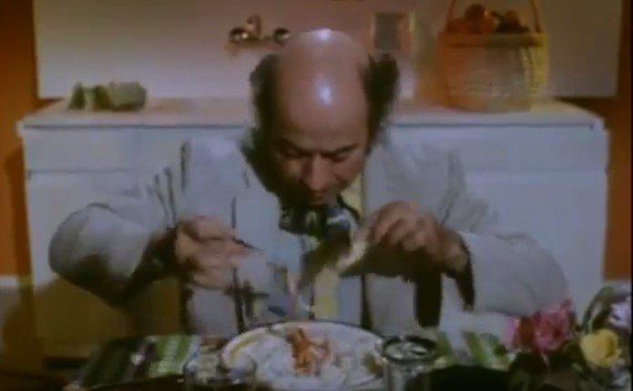 Ο Θανάσης Βέγγος έφαγε έξι μακαρονάδες για διαφημιστικό σποτ που… δεν γυρίστηκε ποτέ