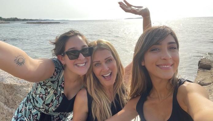 Νατάσα Θεοδωρίδου: Οι Κόρες Της Είναι Τα Καλύτερα... Βραβεία