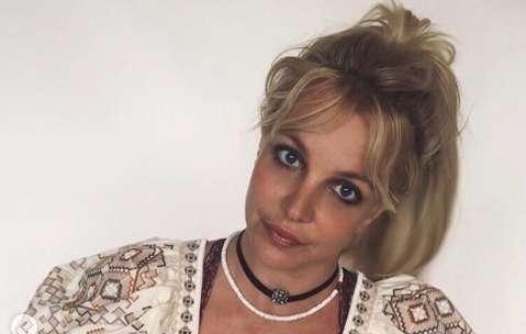 """Britney Spears: """"Θέλω τη ζωή μου πίσω"""" - Τι λέει για την """"κακοποιητική"""" κηδεμονία του πατέρα της"""