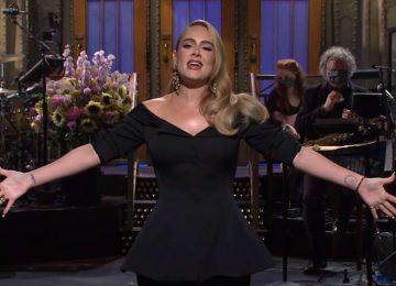 Η Adele ποζάρει για τα εξώφυλλα της Βρετανικής και της Αμερικανικής Vogue