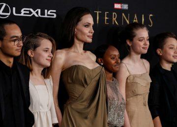 Η Angelina Jolie και τα παιδιά της με άψογο στιλ στο κόκκινο χαλί