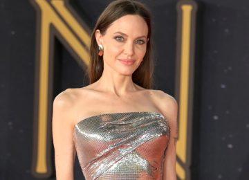 Angelina Jolie: Στη Ρώμη με red carpet εμφάνιση που «κόβει» την ανάσα